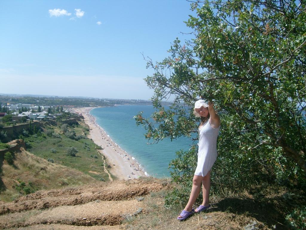 Пляж в Севастополе (п.Любимовка)