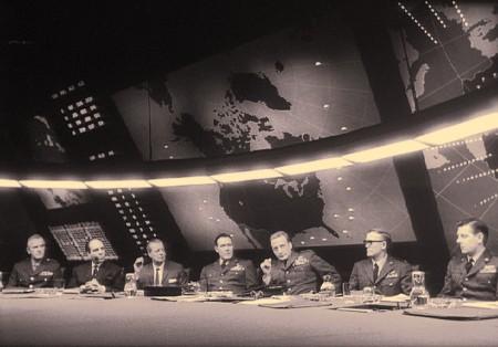 Политика информационной войны