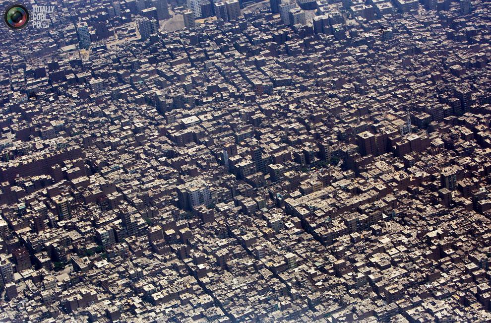 Перенаселенная планета людей
