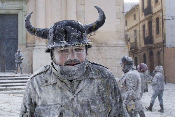 Испанцы отметили день всех дураков
