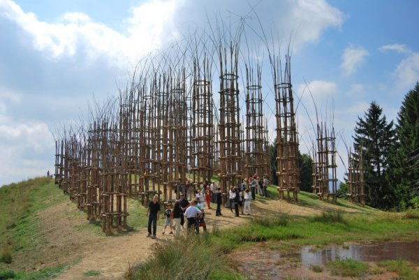 Живой храм Джулиано Маури