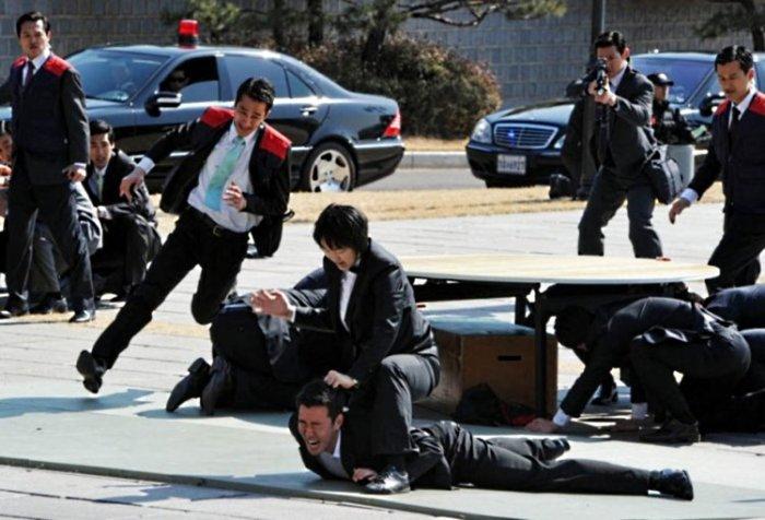 Антитеррористические учения в Южной Корее больше похожи на съемку боевика