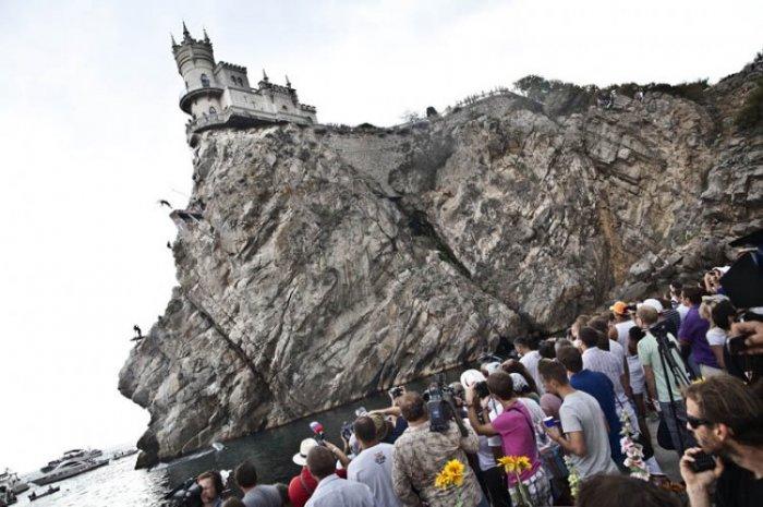 Лучшие фото с Red Bull Cliff Diving