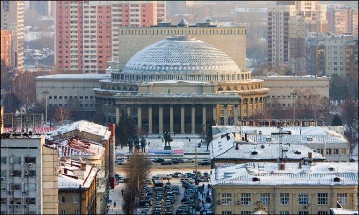 Высотный Новосибирск от Виталия Раскалова