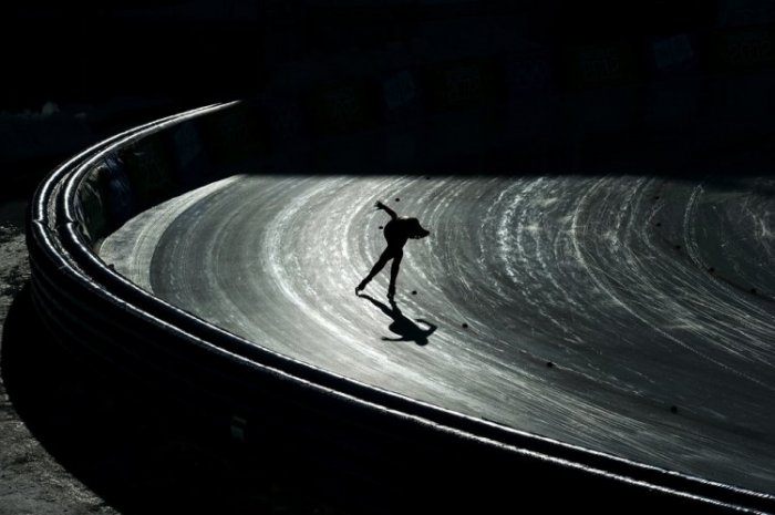 Весь мир катается на коньках