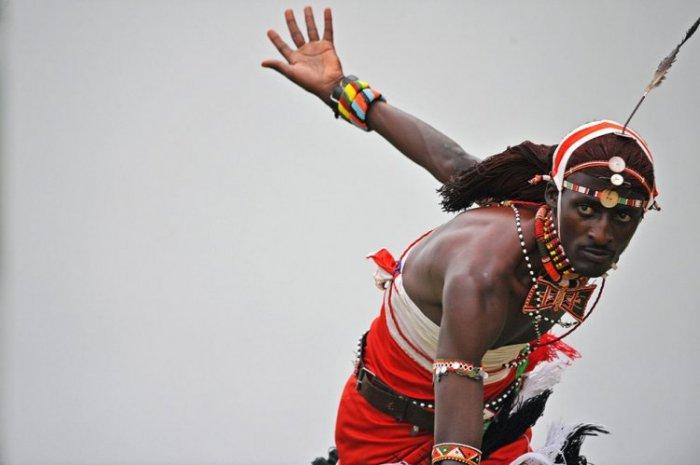 Команда по крикету из племени масаи