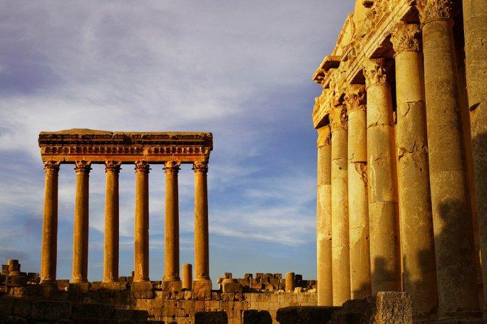 Из истории античного общества