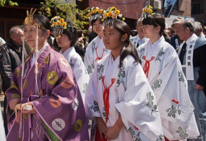 Япония Праздник плодородия