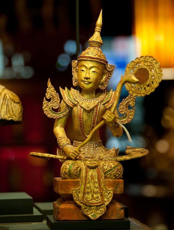 Оловянный Будда в Тайланде