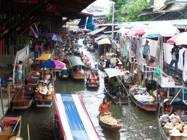 Обзор плавучих рынков Бангкока