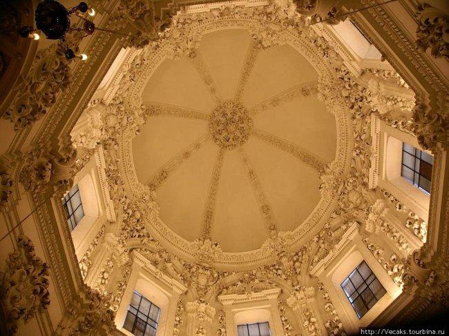Мескита (Соборная мечеть) — главный памятник средневековой архитектуры