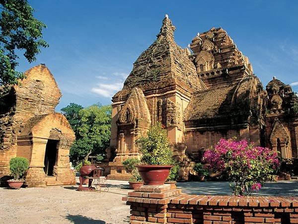 Почему стоит посетить Вьетнам