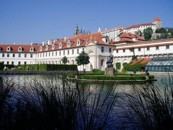 Город «красных крыш» - уникальная Прага