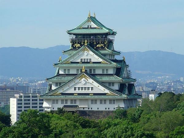 Осака: сады, замки, бизнес-центры
