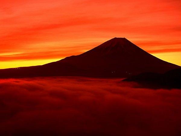 Япония: священная гора Фудзи-сан