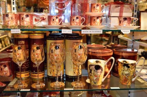 13 лучших подарков, которые можно привезти из Австрии