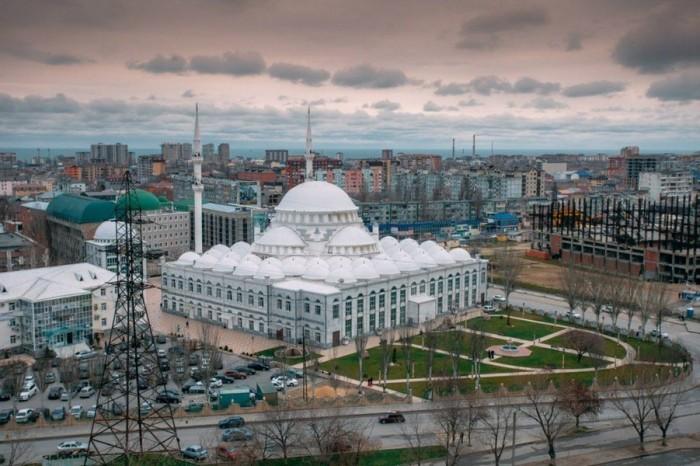 Едем на Каспийское море: 10 лучших достопримечательностей Махачкалы