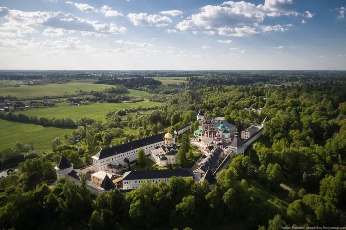 Город музеев и усадеб: какие достопримечательности стоит посмотреть в Звенигороде?