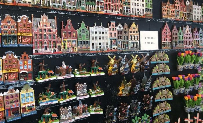 Интересные сувениры и подарки из Голландии