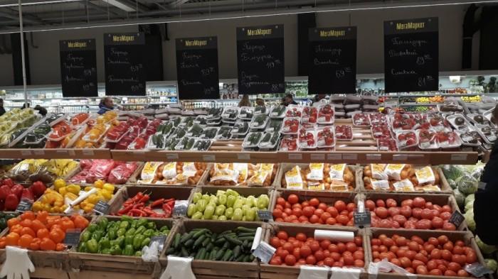 Обзор цен на еду в супермаркетах и кафе Украины